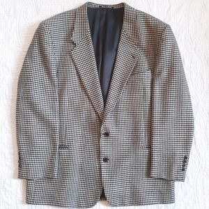 Vintage Valentino Houndstooth Suit Size 46R